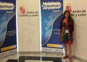 Foto de la coordinadora Erasmus + en el Encuentro de Valladolid