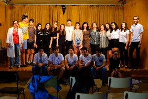 Javier Arnas y alumnos 3º ESO C-ensayo de The Witches